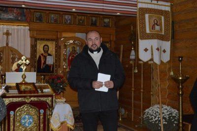 Отець Володимир Вінтонів