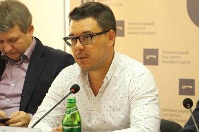 Тарас Березовець: «Росія постійно змінює правила, вона пристосовується до тактики опонента»