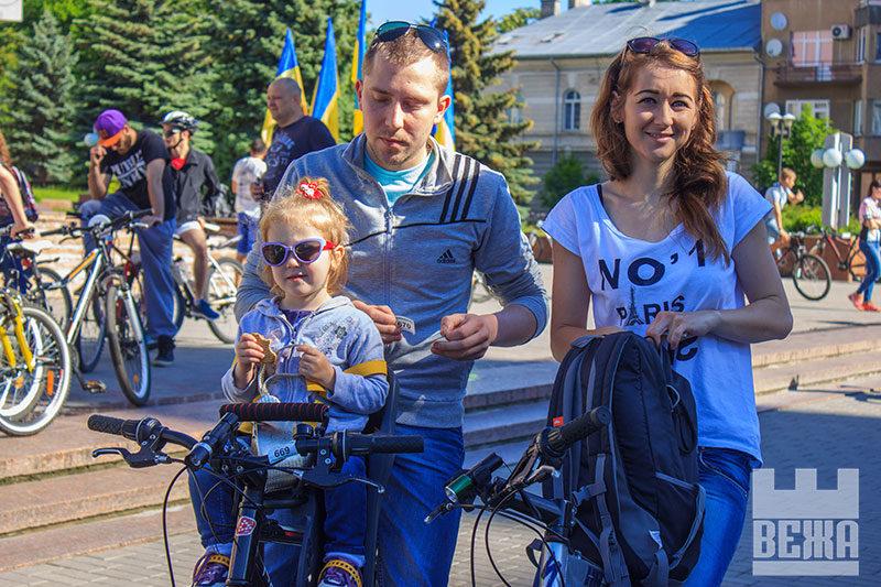 Івано-Франківці розповіли чому люблять велосипеди (ФОТО)