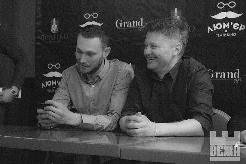 Володимир Мула - режисер (ліворуч) та Микола Васильков - сценарист