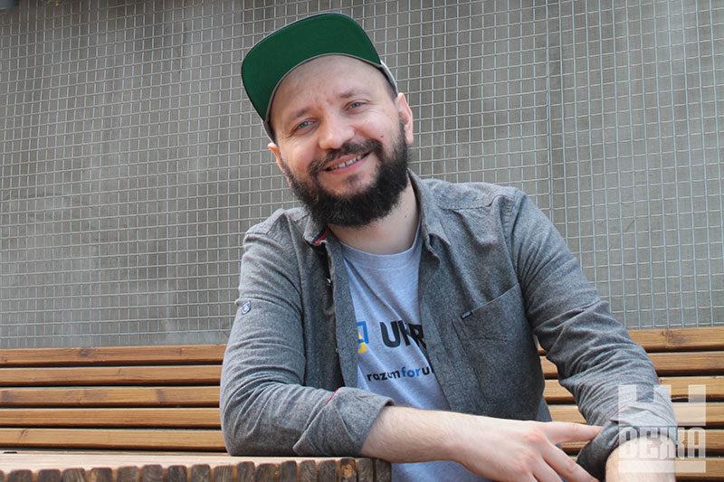 Марко Галаневич: «Ми відчуваємо велику відповідальність виступаючи закордоном, оскільки щодня зустрічаємо людей, котрі мало знають про Україну»