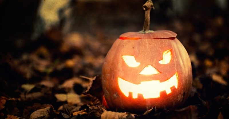 halloween-jack-o-lantern-on-autumn-leaves-1442419902-HRBD-facebook@2x