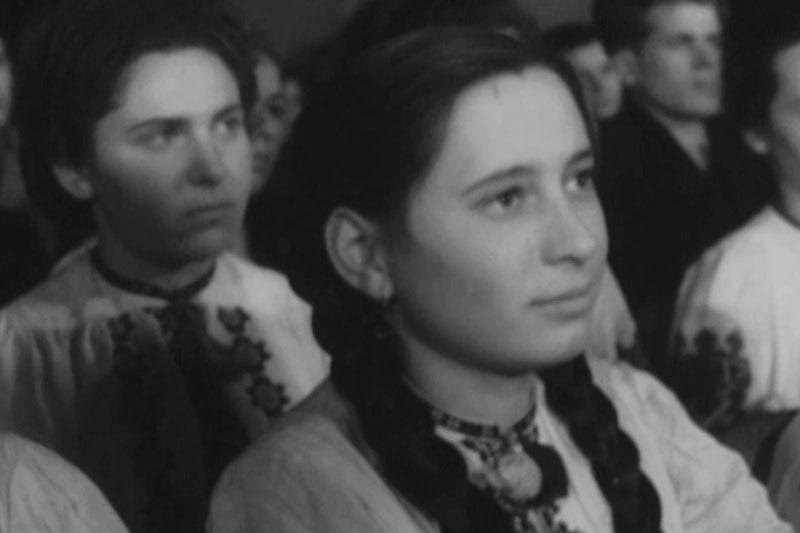 Хор села Радча (1959), травнева і жовтнева маніфестації (1960) (ВІДЕО)