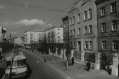 Піонери і діти, свято на стадіоні (1961) та пологовий будинок (1962) (ВІДЕО)