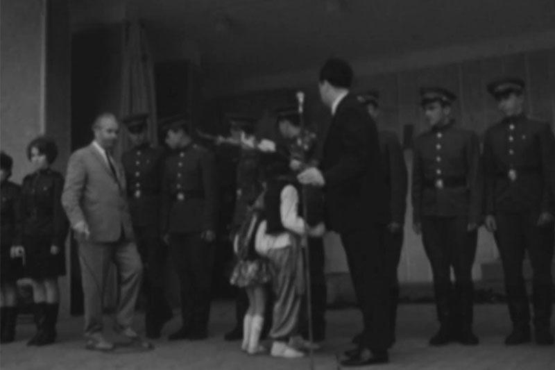 """Урочистості на сцені у парку, завод """"Промприлад"""" та мотоциклісти біля будинку """"Просвіти"""" (1969) (ВІДЕО)"""