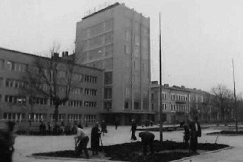 Масовий міський суботник (1969) та фізкультурний технікум (1970) (ВІДЕО)