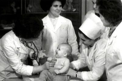 Відкриття дитячої поліклініки по вул.Тичини та першотравневий мітинг (1976) (ВІДЕО)