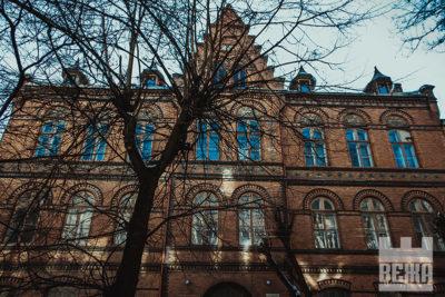 Архітектурна сирота у центрі Івано-Франківська (ФОТО)