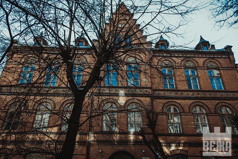 Яка доля чекає на франківську пам'ятку архітектури по вулиці Гординського, 10? (фоторепортаж)