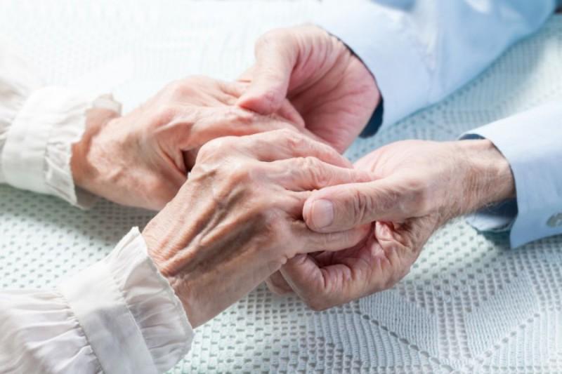 elderly-700x466