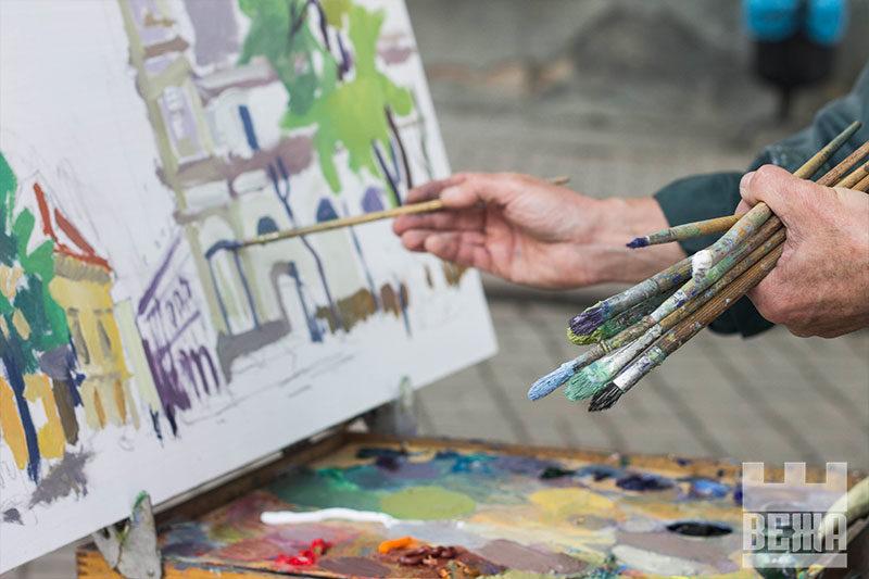 Художники малюють старі будинки: 27-й міжнародний пленер у Франківську (ФОТО)