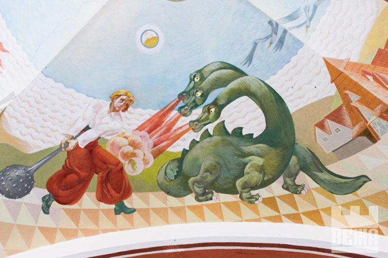 Котигорошко, Змій Горинич, Кіт у чоботях: малюнки на стелі бібліотеки для дітей (ФОТО)