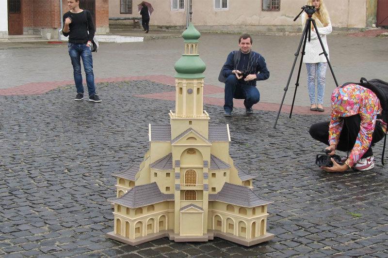 Як виглядала друга ратуша Станиславова (ВІДЕО)