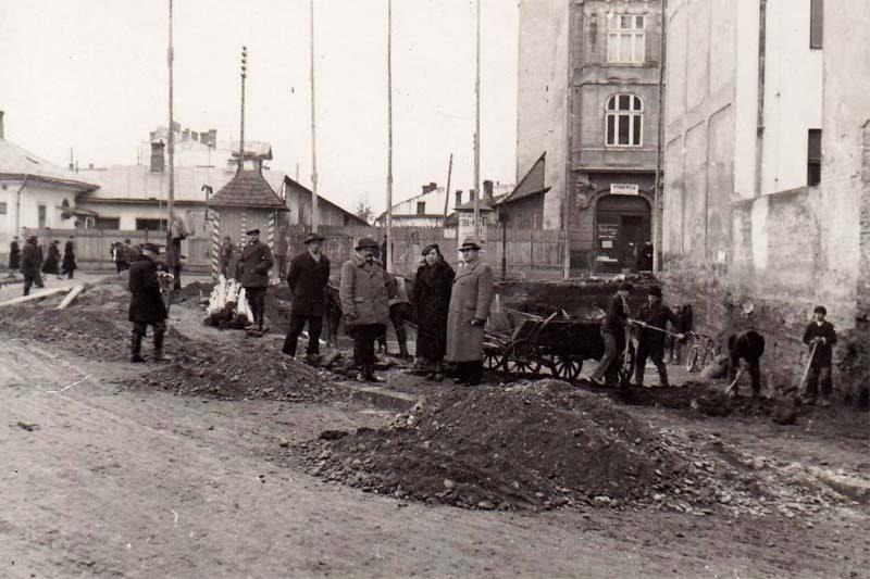 """Таємниці старого міста. Невідома """"стометрівка"""": Парний бік (ч.2) (відео)"""