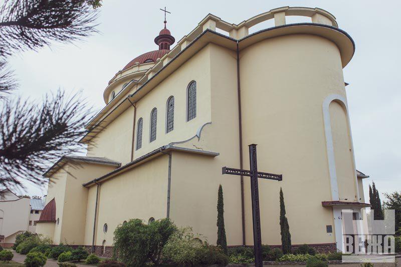 Костел Христа Царя: краса всередині (ФОТО)