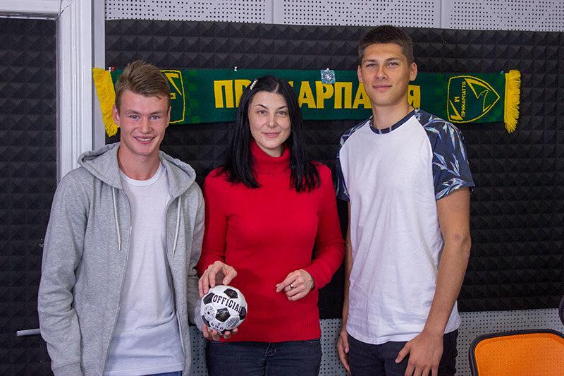 Андрій Хома та Василь Стеф'юк здійснюють свою футбольну мрію з улюбленою командою (ВІДЕО)