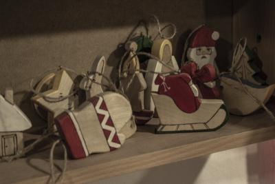 На Прикарпатті ветерани АТО виготовляють екоіграшки задля власної реабілітації