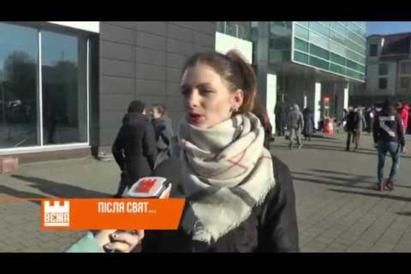 В Івано-Франківську розібрали головну новорічну ялинку  (ВІДЕО)
