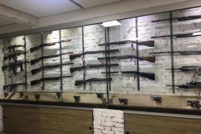 Хто і для чого купує зброю в Івано-Франківську